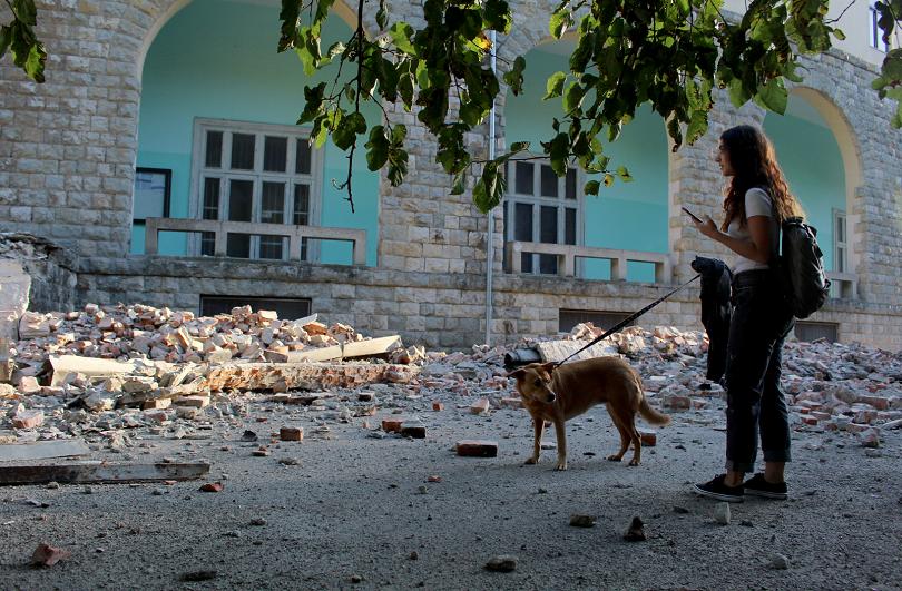 снимка 3 68 души са ранени при земетресението в Албания