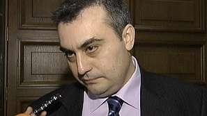 Удължиха разследването за стрелбата срещу Манол Велев