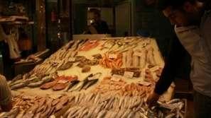 Криза на рибния пазар заради протестите в Гърция