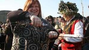 Православната църква чества Трифон Зарезан