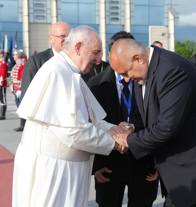 снимка 1 Бойко Борисов: Папа Франциск си тръгна като приятел на България