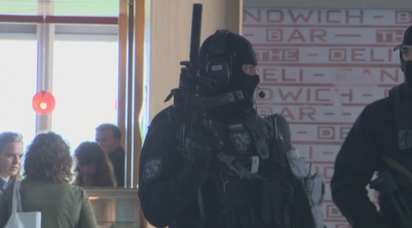 снимка 4 Строги мерки за сигурност на летищата в София, Варна и Бургас