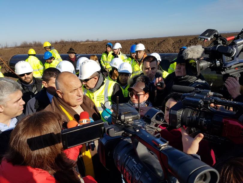 Премиерът и енергийният министър инспектираха Балкански поток (Снимки)