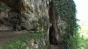 Скална църква Света Богородица
