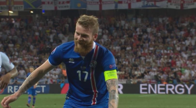 снимка 5 Само Англия може да напусне Европа два пъти за една седмица