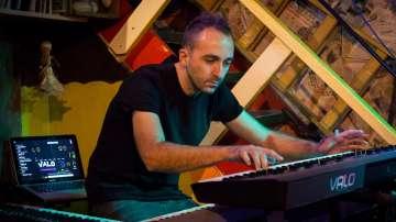 Отвъд границите: Валентин Лазар - музиката и необятното в човешките усещания