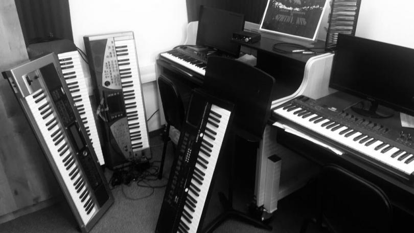 снимка 1 Отвъд границите: Валентин Лазар - музиката и необятното в човешките усещания