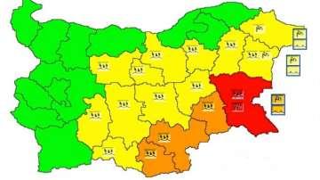 НИМХ: Червен код за обилни валежи в област Бургас