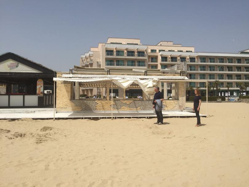 Слънчев бряг вече е на 60 години. Първите туристи пристигат