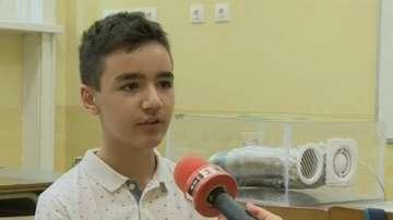 """Ученик от Русе разработи пречиствателна система """"Дишащ бот"""