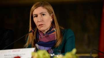 Министър Ангелкова даде информация за имота си в Драгалевци