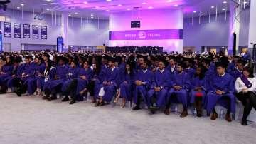 Отлив на студенти от Великобритания към Холандия