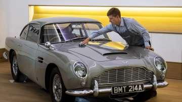 Автомобил на Джеймс Бонд ще бъде продаден на търг