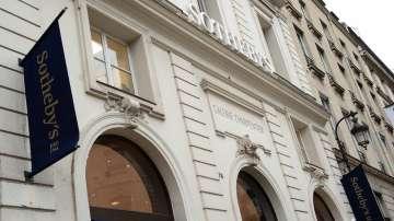 Френски милиардер купи Sothebys за 3,7 млрд. долара