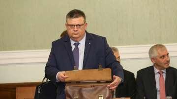 Главният прокурор бе изслушан в Народното събрание по случая Гебрев