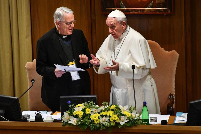 Във Ватикана започна първата по рода си конференция за сексуалните
