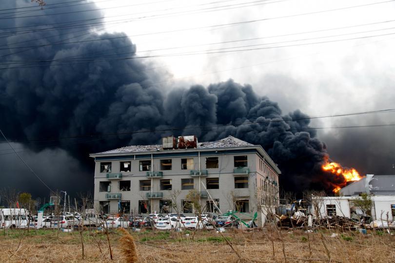 Броят на загиналите при експлозията в химически завод в Китай
