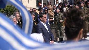 Турски самолети засякоха хеликоптера на Ципрас