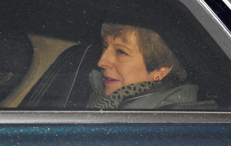 Британското правителство заяви, че смята да проведе трето гласуване за