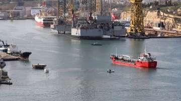 Малтийски военни щурмуваха отвлечения от мигранти танкер