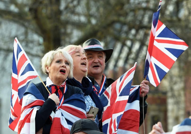 Британското правителство обмисля да направи четвърти опит сделката за Брекзит