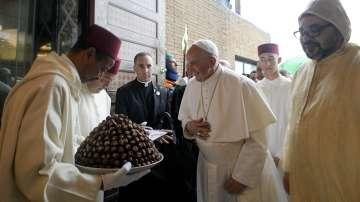 Папа Франциск е в Марко с мисия за религиозна толерантност
