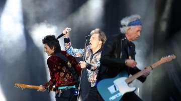 Мик Джагър подлуди публиката на първия си концерт след сърдечната операция