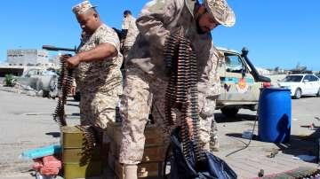 Единственото работещо летище в Триполи беше затворено
