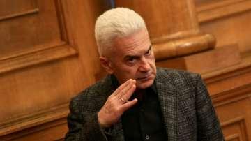 Депутатите от Атака искат отмяна на остраняването на Сидеров