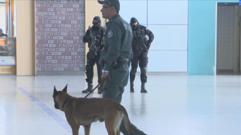 снимка 7 Строги мерки за сигурност на летищата в София, Варна и Бургас