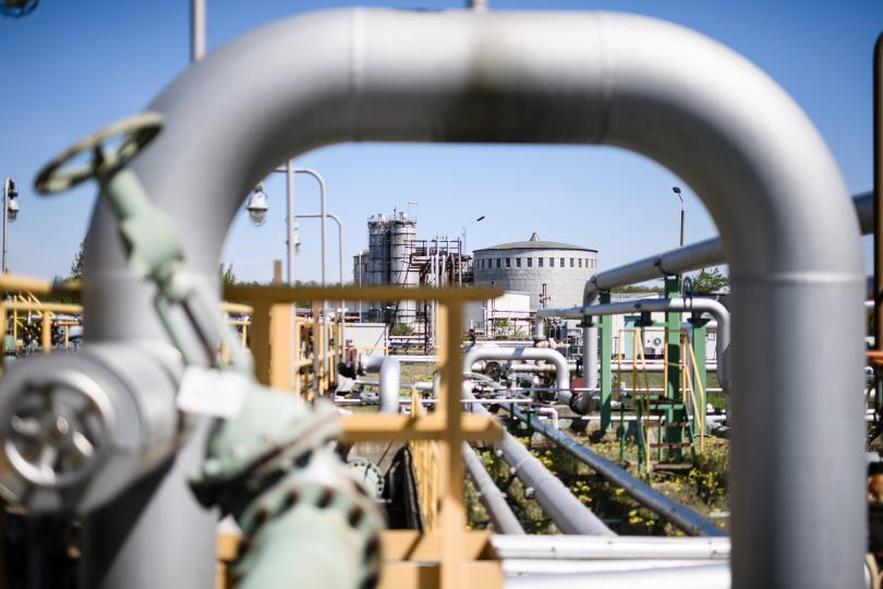 Опит за кражба на бензин от тръбопровод на
