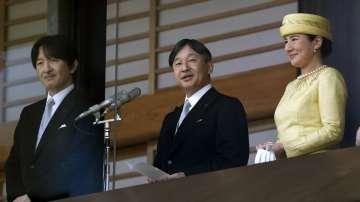 Японският император посади ритуално ориз