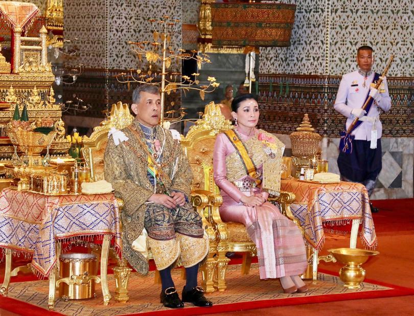 Започна коронацията на крал Ваджиралонгкорн за владетел на Тайланд