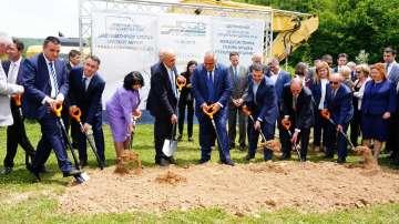 Борисов и Ципрас направиха първа копка на газовата връзка България - Гърция