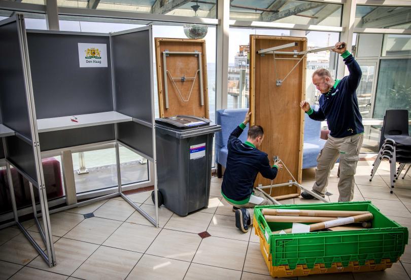 Снимка: Европейските избори започват от Холандия и Великобритания