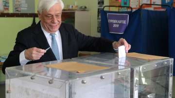 Местни и европейски избори се провеждат в Гърция