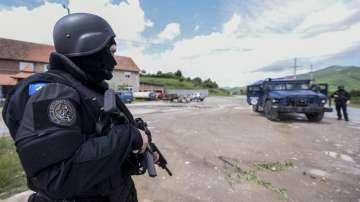 Сръбската армия е в бойна готовност заради косовска операция в сръбските анклави