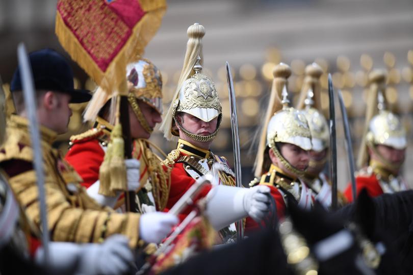 снимка 1 С военен парад отбелязаха официалния рожден ден на кралица Елизабет Втора