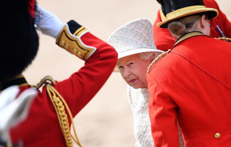 снимка 4 С военен парад отбелязаха официалния рожден ден на кралица Елизабет Втора