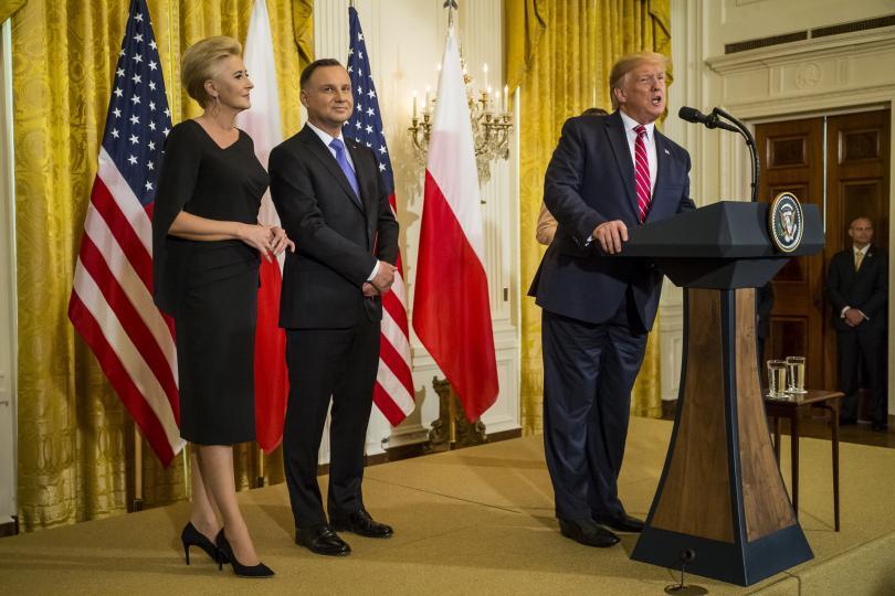 Съединените щати ще прехвърлят още 1000 военни в Полша -