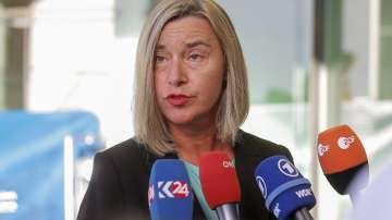 Еврокомисията призова страните членки да започнат преговори със Скопие и Тирана