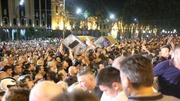 Председателят на грузинския парламент подаде оставка след протести