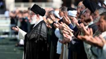 Иран поиска САЩ да спрат икономическата война срещу Техеран