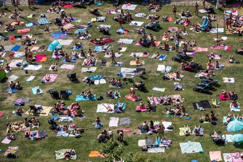 снимка 1 Пикът на жегите в Европа се очаква днес и утре (Снимки)