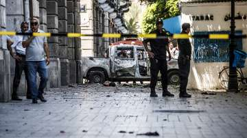 Президентът на Тунис влезе в болница след атентатите