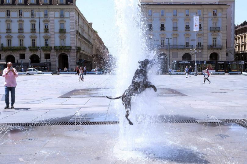 снимка 8 Пикът на жегите в Европа се очаква днес и утре (Снимки)