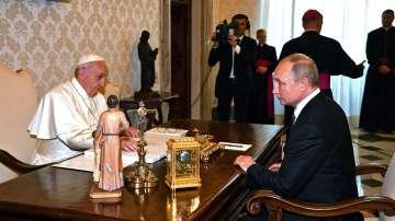 Папа Франциск прие на аудиенция президента Путин
