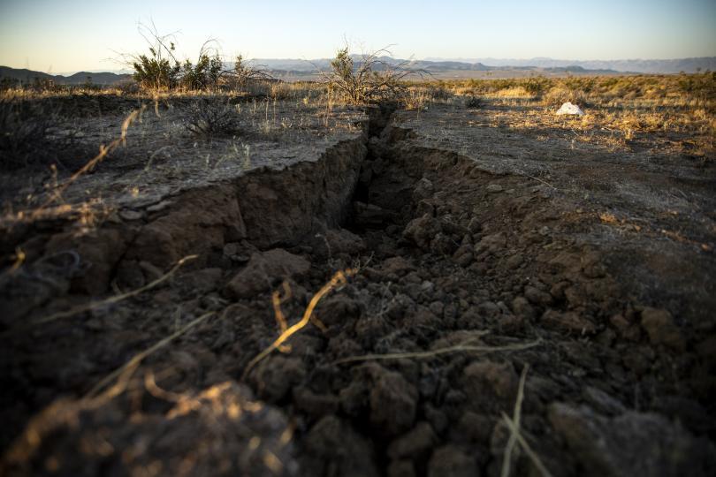 снимка 3 Силното земетресение в Калифорния не взе жертви (Снимки)