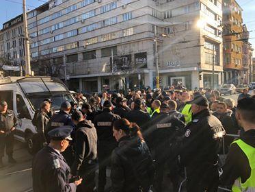 снимка 1 Безпрецедентни са мерките за сигурност в района около ВСС
