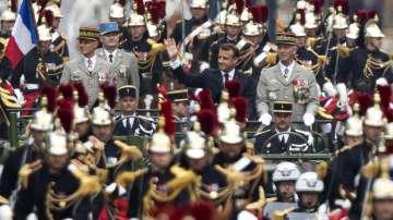 Франция отбеляза тържествено 230 години от щурма на Бастилията (Снимки)